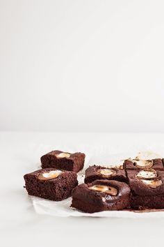 mbakes: Beetroot Crème Egg Brownies