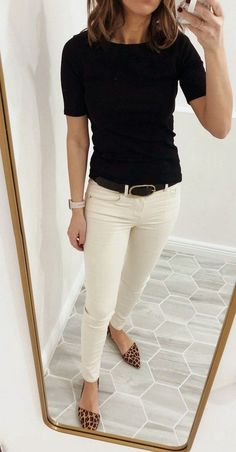 30 Best Classy Casual Work Outfits for Women Career Over 30 BestHomeDesignz.Com The post 30 Best Classy Casual Work Outfits for Women Career Over 30 13 appeared first on Casual Outfits. Fall Outfits For Work, Casual Work Outfits, Mode Outfits, Work Casual, Chic Outfits, Junior Outfits, Casual Work Outfit Winter, Summer Office Outfits, Office Wear