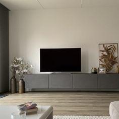 Home Furniture, Modern Furniture, Interior Decorating, Interior Design, Living Room Tv, Home Furnishings, New Homes, Decoration, Floating Entertainment Unit