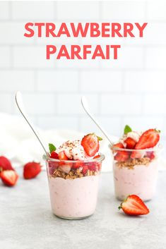 Mix strawberry purée into your yogurt to make this tasty and colorful parfait! Top with granola, strawberries, honey, dark chocolate shavings, and mint leaves. Parfait Recipes, Parfait Desserts, Smoothie Recipes, Snack Recipes, Dessert Recipes, Cooking Recipes, Breakfast Recipes, Snacks, Vegan Breakfast