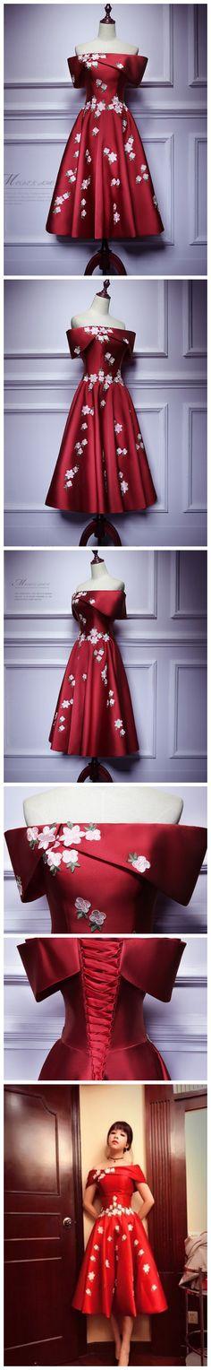 CHIC A-LINE STRAPLESS BURGUNDY SATIN APPLIQUE SHORT PROM DRESS HOMECOMING DRESS AM429