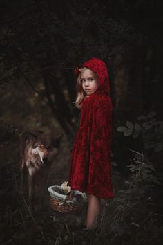 little red riding hood session | fairytale session ideas | children photography | styled photography shoots | Brianna Rannells Photography | Daily Fan Favorite | Beyond the Wanderlust | Inspirational Photography Blog