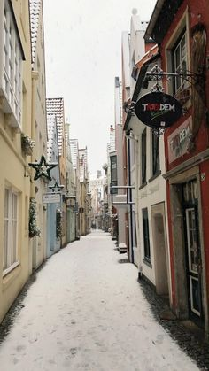 Winter Schnee, Creative Food Art, Travelling, Christmas Ideas, Germany, Villa, Aesthetics, Flowers, Places