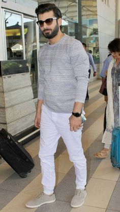 Kapoor Sons cast members Alia Bhatt, Sidharth Malhotra, Fawad Khan and a host of popular Bollywood celebrities were recently snapped at the Mumbai airport Fawad Khan Beard, Indian Beard Style, Kapoor And Sons, Wedding Dresses Men Indian, Mens Fashion Wear, Casual Wear For Men, Star Wars, Cozy Fashion, Groom Outfit