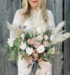 5 Reasons to Feature Pampas Grass in your 2017 Wedding