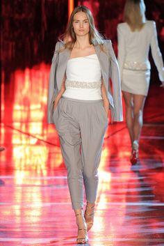 Alexandre Vauthier 2014 Couture Sonbahar Koleksiyonu - Ultra seksi, cazibeli ve çekici koleksiyonundaki havuç pantolonlar, takım elbiseler ve mini kıyafetleri ile Alexandre Vauthier 2014 Couture Sonbahar Koleksiyonu;