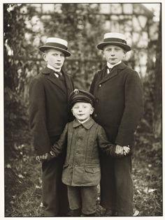 """Three Brothers"", 1919, photo: August Sander (1876-1964)"