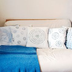 DIY your own pillow cases from scratch. Including directions on how to make your own prints and how to sew easy pillow cases.