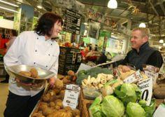 #PhilippaJames visits #Blackburn Market.