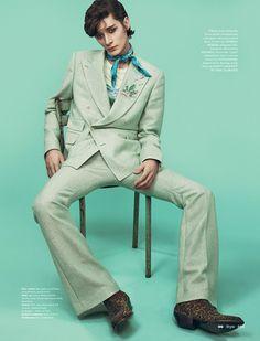 41 Trendy Fashion Photography Indoor Vogue Uk - Men's fashion, style shapes and clothing tips Vogue Uk, Vogue Russia, Gq Style, Uk Fashion, Trendy Fashion, Fashion Design, Fashion Sites, Fashion Clothes, High Fashion
