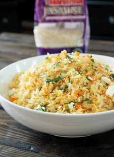 Greek Rice Pilaf -I used Thai Jasmine rice but you can use any type of rice you prefer. I love making this with basmati or even long grain rice. Just make sure you cook the … Greek Recipes, Rice Recipes, Vegetarian Recipes, Cooking Recipes, Healthy Recipes, Healthy Meals, Healthy Food, Greek Dishes, Rice Dishes
