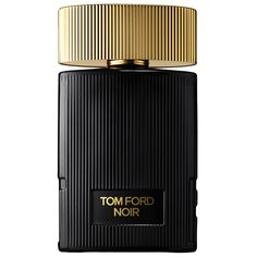 Tom Ford Noir Pour Femme captures the fascinating paradox of the Tom Ford woman—the powerful assuredness she uses to turn heads and the vulnerable romanticism she keeps fiercely private— in a floral-oriental fragrance of extravagant and alluring accords.