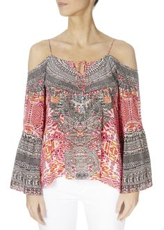 This is the 'Shiraz' Embellished Should Cut-Out Gypsy Top by the ever-stunning brand, Inoa! Feel flawless in gorgeous colours with this free-flowing top featuring shoulder. Shoulder Cut, Embellished Top, Loose Tops, Warm Weather, Knitwear, Gypsy, Floral Tops, Boho, Clothing