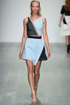 David Koma Spring 2015 Ready-to-Wear - Collection - Gallery - Look 10 - Style.com