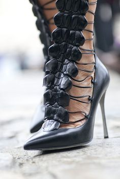 From Fashion Week Street style Fall 2012 Wedge Boots, Shoe Boots, Microsoft Store, Street Style Shoes, Shoes Style, Couture Shoes, Fall Accessories, Autumn Street Style, Fashion Shoes