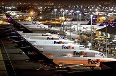 This is how FedEx Express, the world's largest cargo airline, aims to cover most eventualities across this stretch of the U. as part of the quest of its parent company FedEx to deliver parcels worldwide within one to two business days. Parcel Delivery, Package Delivery, Jet Fly, Aircraft Parts, Cargo Aircraft, Fly Plane, Fedex Express, Air Photo, Cargo Airlines