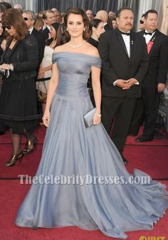 b_penelope_cruz_blue_off-the-shoulder_formal_dress_2012_oscar_awards_red_carpet_