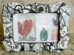 Mosaic picture frame, black and white mosaic, 4 x 6 picture frame, scalloped edges by threefatesfiber on Etsy