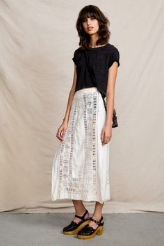Vintage White Detailed Skirt #urbanoutfitters