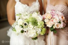 Bride and bridesmaids bouquet Photography by DeRay & Simcoe Bouquets by Natural Art Flowers by Rebecca Grace