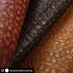 With its refined threads shimmer and gleam Belize takes you on an organic adventure with robust textures and mixed hues. It's handcrafted beauty in all natural symmetry and grace. #Repost @lanarkwallcovering  #lanarkwallcovering #handcrafted #wallcovering