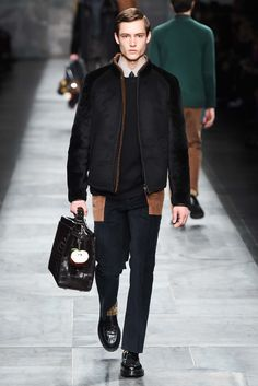Fendi Fall 2015 Menswear - Collection - Gallery - Style.com I NEED THAT APPLE