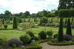 Градината - Приказните градини на Хемптън Корт
