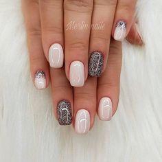 Glam nail art design
