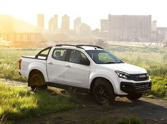 Isuzu KB Double Cab, real style effortless perfect for off road terrain or cruising the city. Isuzu D Max, Flatbed Trailer, Chevrolet Trailblazer, Real Style, Latest Cars, Car Videos, Retro, Cars And Motorcycles, Offroad