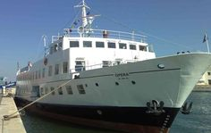 Motorboat cruises of Lisbon for groups - Go Discover Portugal travel