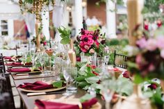 Whimsical Head Table Design by Elle Ellinghaus | Oxon Hill Manor, Maryland