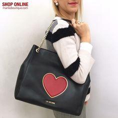 ❄️🌺❄️SALDI fino al 50%❄️🌺❄️ MOSCHINO LOVE €198 - 20% = €158,50 manlioboutique.com #bags #handbags