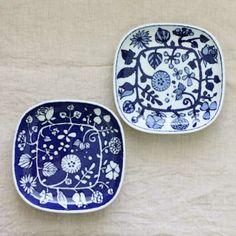 【楽天市場】波佐見焼(はさみやき)フラワーパレード 取皿(磁器)【波佐見焼 皿 プレート シンプル スクエア 食器 おしゃれ 磁器 花柄】【北欧 ナチュラル おしゃれ カフェ 雑貨】:Leaf 暮らしの雑貨店 Blue And White Dinnerware, Japanese Taste, Kitchenware, Tableware, Decoupage Art, Love Blue, Ceramic Art, Decorative Plates, Pottery