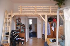 """Projekt """"Schnelles Hochbett"""" (How To Build A Shed With A Loft) Bunk Bed Rooms, Bunk Beds With Stairs, Bedroom Loft, Bedroom Decor, Mezzanine Bed, Shed Homes, Bed Plans, Small Rooms, Small Apartments"""