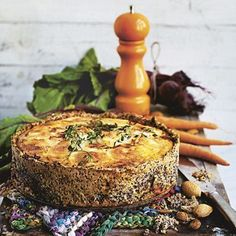 Bild på Rödbets- och chèvrepaj med quinoabotten