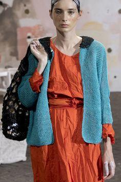 Daniela Gregis at Milan Fashion Week Spring 2019 - Details Runway Photos Fashion Art, Runway Fashion, Fashion Outfits, Womens Fashion, Fashion Trends, Fashion Tips, Fashion Websites, Milan Fashion Weeks, Fashion Over 50