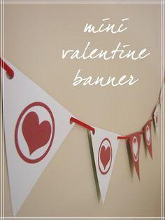 Freebie Mini Valentine Banner by Amanda Oaks, via Flickr