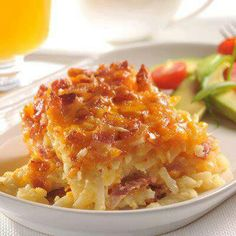Potato bacon cassarole Breakfast And Brunch, Bacon Breakfast, Breakfast Dishes, Breakfast Casserole, Breakfast Recipes, Potato Casserole, Morning Breakfast, Casserole Recipes, Breakfast Potatoes
