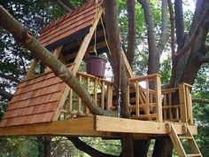 A-Frame Treehouse | 15 Awesome Treehouse Ideas For You And the Kids!  | Amazing DIY Backyard Playhouse for Kids, check it out at pioneersettler.co...