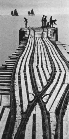 YASUI Nakaji(安井 仲治 Japanese, 1903-1942)  海辺 1938