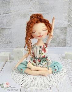 Doll Crafts, Diy Doll, Doll Face Paint, New Dolls, Waldorf Dolls, Child Doll, Dollhouse Dolls, Doll Head, Soft Dolls