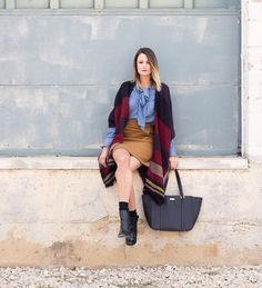 How to host an event, LOFT poncho