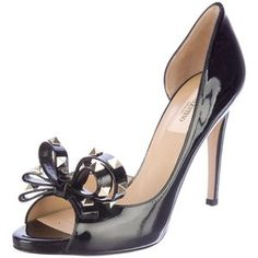 Pre-Owned Valentino Rockstud Bow Pumps