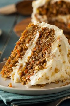 So festlich: Verführerische Möhren-Frischkäse-Torte No Calorie Foods, Low Calorie Recipes, Cake Recipes, Dessert Recipes, Italian Cream Cakes, Snacks Sains, Bowl Cake, Jus D'orange, Cake With Cream Cheese
