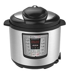 This Instant Pot Chicken Curry is the perfect weeknight dinner for busy families. 5 minutes cooking time is all it takes to make this in your pressure cooker. Easy Instant Pot recipes for beginners. Best Electric Pressure Cooker, Electric Cooker, Instant Pot, Slow Cooker, Best Rice Cooker, Yogurt Maker, Multicooker, Specialty Appliances, Pressure Cooking