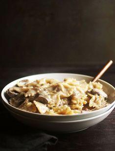 Creamy Mushroom Pasta Sauce, Garlic Mushroom Sauce, Creamy Garlic Mushrooms, Creamy Pasta, Easy Pasta Recipes, Easy Meals, Cooking Recipes, Noodle Recipes, Dinner Recipes