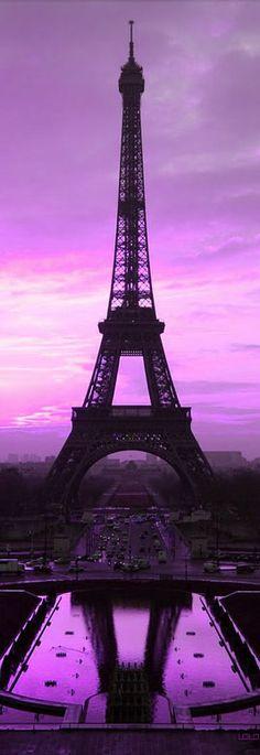 Eiffel Tower shilouette, Paris.