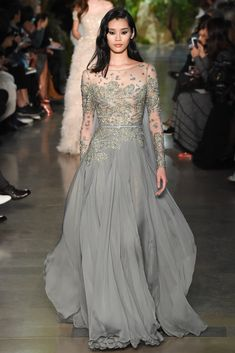 Elie Saab Spring 2015 Couture Fashion Show - Ming Xi (Elite) Haute Couture Paris, Style Haute Couture, Elie Saab Couture, Couture Fashion, Couture 2015, Spring Couture, Couture Week, Indian Couture, Fashion Moda