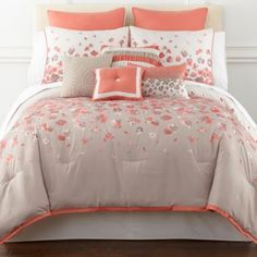 This comforter would go great with my navy/coral/tan master bedroom! Coral Bedding, Coral Bedroom, Floral Comforter, Guest Bedroom Decor, Bedroom Sets, Master Bedroom, Guest Room, Cal King Bedding, Comforter Sets
