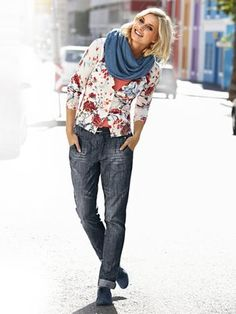#Heine - Cardigan Scarf Jeans Shoes